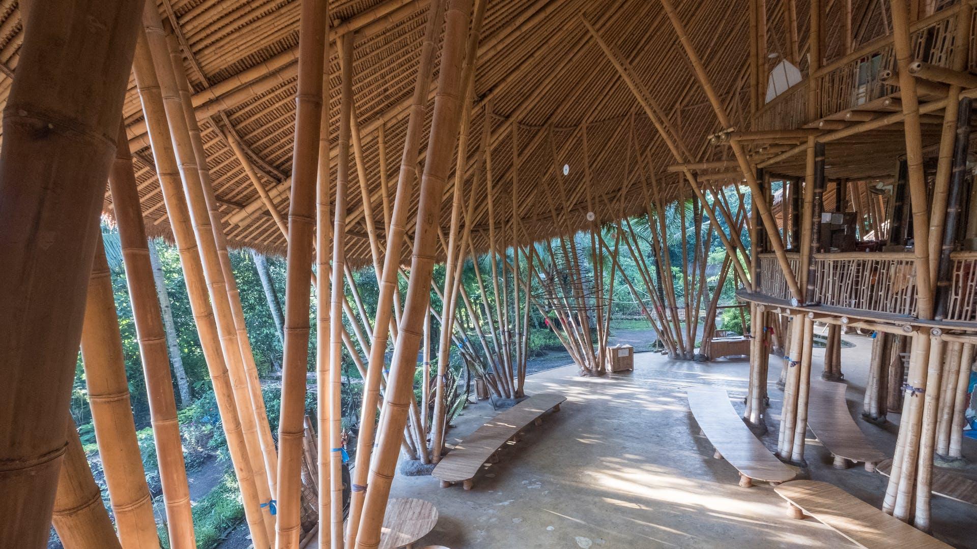 Maison Japonaise Traditionnelle Construire architecture en bambou : renouveau global à bali